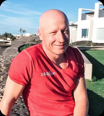 Stephan Vuckovic, Vize-Olympiasieger im Triathlon und IRONMAN-Gewinner, erstellt dir deinen Trainingsplan.
